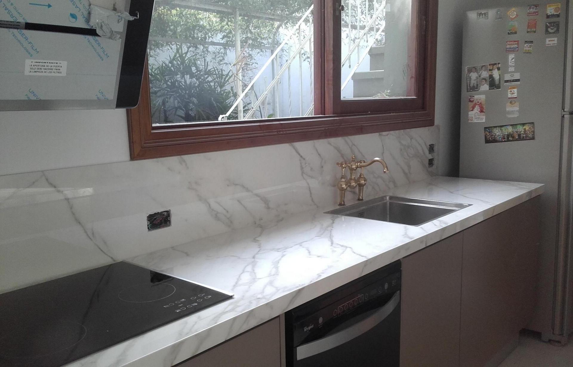 Trabajos realizados massarelli marmoles y granitos for Granitos nacionales para cocinas