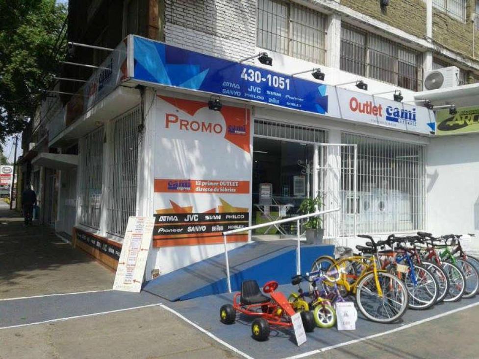 aecb6d69e5 Visitanos en Avellaneda 1632 - Tel. 0341 4301051